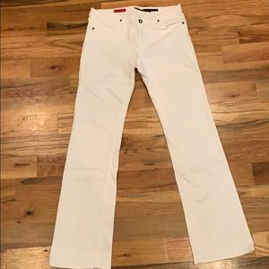 Adriano Goldschmied (AG) The KISS White Jean
